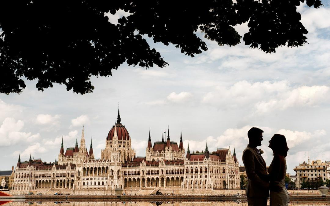 Andrew & Beth's Budapest Wedding Photography highlights