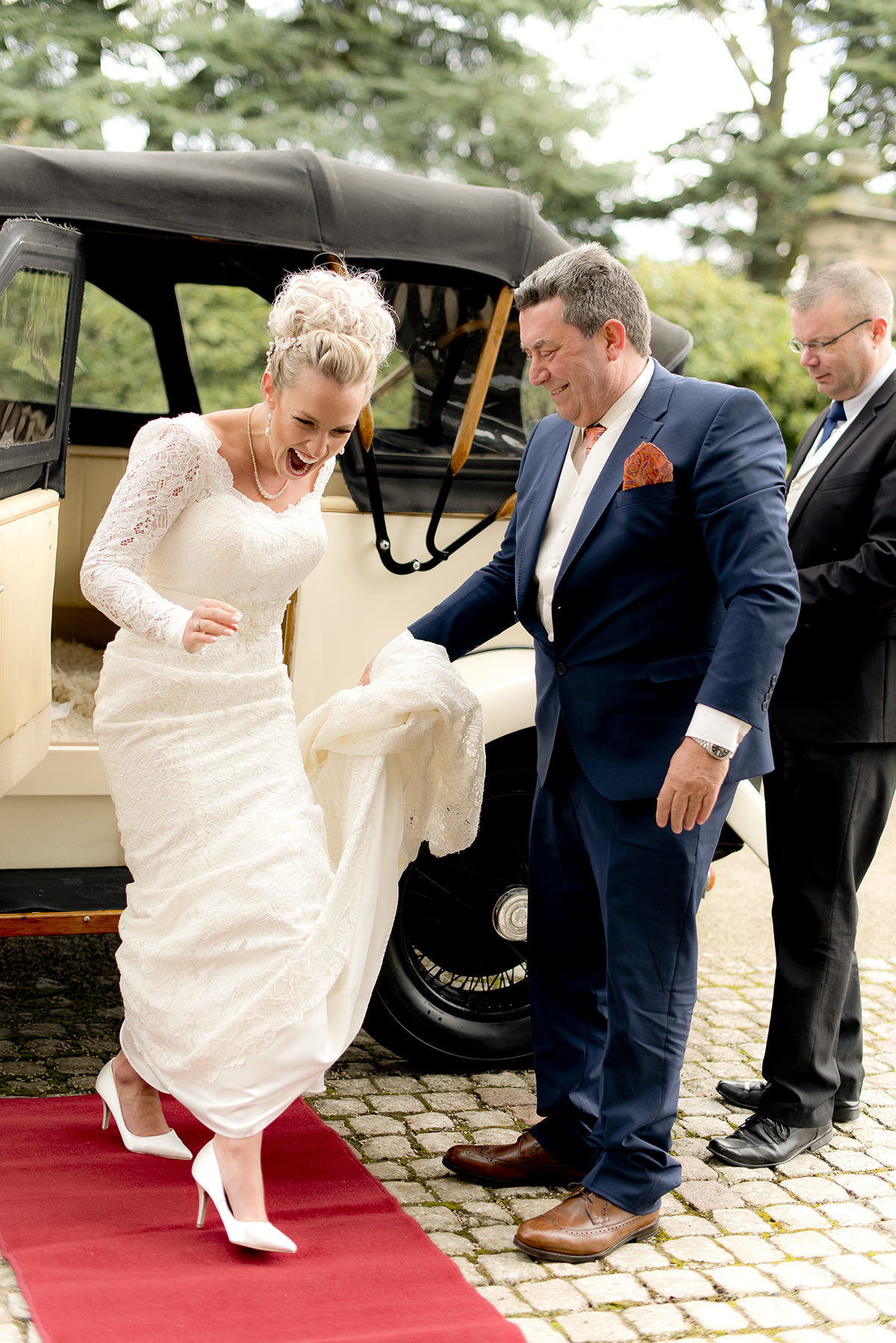 Brides arrival with laughter