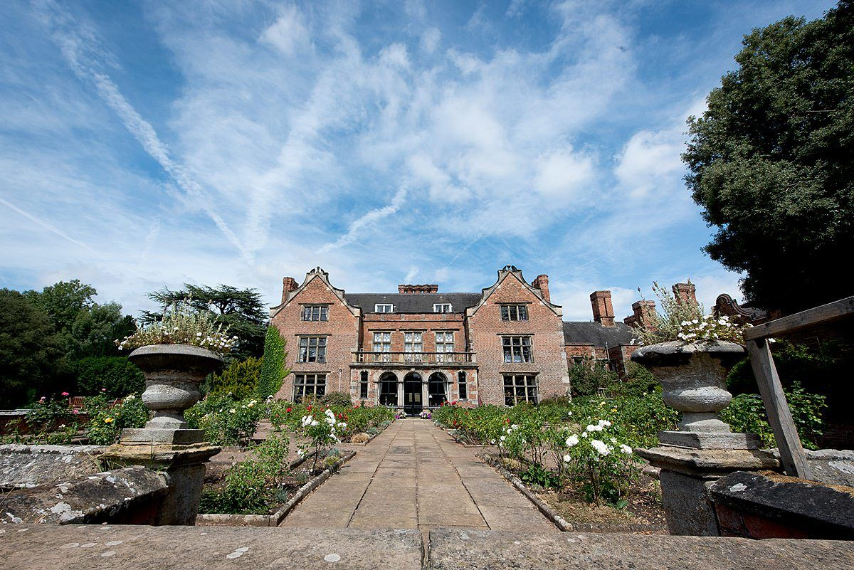 Weddings at Thrumpton Hall external